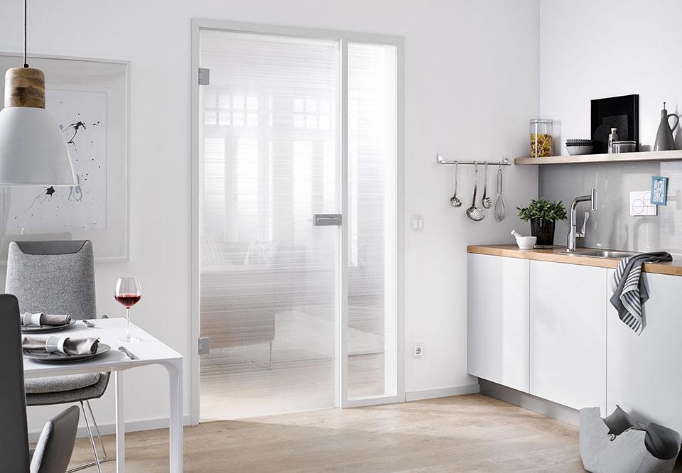 aluminiumzargen von alumin impulse alumin weiss 9016 satin finish. Black Bedroom Furniture Sets. Home Design Ideas